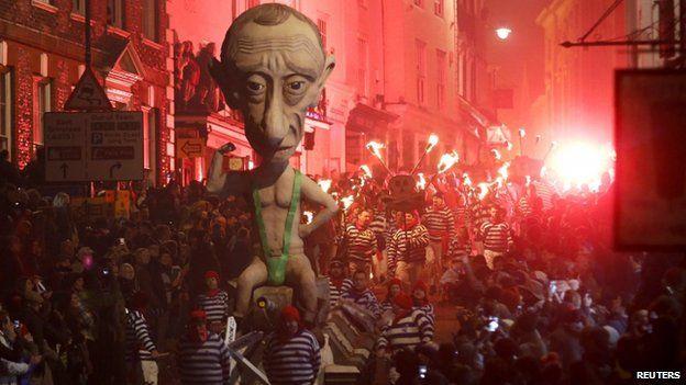 Putin_effigy